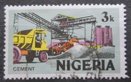 Poštovní známka Nigérie 1973 Výroba cementu Mi# 275 II Y