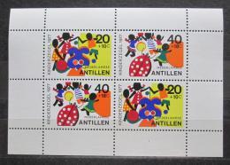 Poštovní známky Nizozemské Antily 1977 Dìtské hry Mi# Block 6