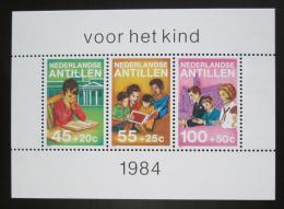 Poštovní známky Nizozemské Antily 1984 Dìtské aktivity Mi# Block 28 Kat 6€