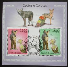 Poštovní známky Guinea-Bissau 2010 Kaktusy a kojoti Mi# Block 865 Kat 12€