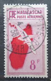 Poštovní známka Madagaskar 1935 Letadlo a mapa Mi# 222