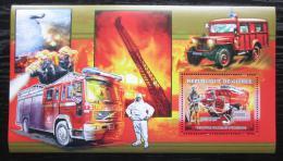 Poštovní známka Guinea 2006 Francouzští hasièi DELUXE Mi# Block 1072