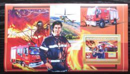 Poštovní známka Guinea 2006 Francouzští hasièi DELUXE Mi# Block 1073