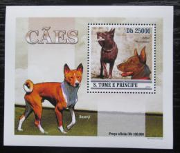 Poštovní známka Svatý Tomáš 2010 Psi DELUXE Mi# 4646 Block