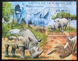Poštovní známka Mosambik 2011 Nosorožci Mi# Block 514 Kat 10€