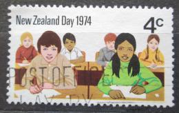 Poštovní známka Nový Zéland 1974 Školní tøída Mi# 629
