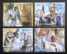 Poštovní známky Guinea-Bissau 2013 Katedrála Notre-Dame Mi# 6437-40 Kat 13€