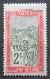 Poštovní známka Madagaskar 1908 Pøeprava na nosítkách Mi# 75