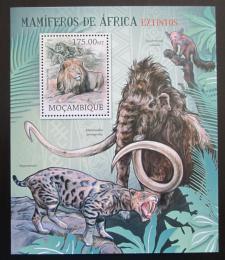 Poštovní známka Mosambik 2012 Vyhynulí savci Afriky Mi# Block 645 Kat 10€