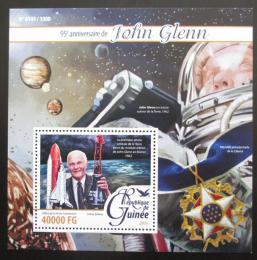 Poštovní známka Guinea 2016 John Glenn, kosmonaut Mi# Block 2609 Kat 16€
