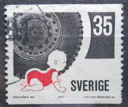 Poštovní známka Švédsko 1971 Bezpeènost silnièního provozu Mi# 721 A