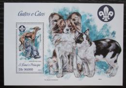 Poštovní známka Svatý Tomáš 2013 Koèky a psi Mi# Block 896 Kat 10€