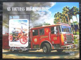 Poštovní známka Svatý Tomáš 2014 Hasièská auta Mi# Block 1040 Kat 10€