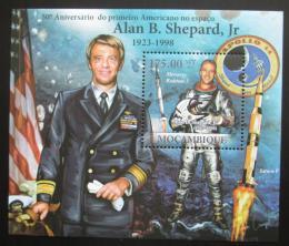 Poštovní známka Mosambik 2011 Alan Shepard Mi# Block 457 Kat 10€