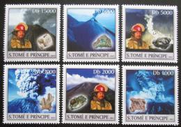 Poštovní známky Svatý Tomáš 2003 Minerály a sopky Mi# 1981-86 Kat 11€