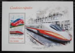 Poštovní známka Svatý Tomáš 2013 Moderní lokomotivy Mi# Block 900 Kat 10€