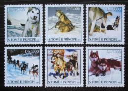 Poštovní známky Svatý Tomáš 2003 Tažní psi Mi# 2167-72 Kat 10€