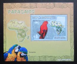 Poštovní známka Mosambik 2007 Papoušci Deluxe Mi# 3026 Block