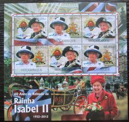 Poštovní známky Mosambik 2012 Královna Alžbìta II. Mi# 6035-36 Bogen Kat 14€