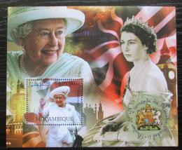 Poštovní známka Mosambik 2012 Královna Alžbìta II. Mi# Block 671 Kat 10€