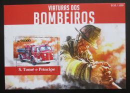 Poštovní známka Svatý Tomáš 2015 Hasièské auto Mi# Block 1111 Kat 10€