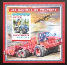 Poštovní známka Niger 2016 Hasièská auta Mi# Block 640 Kat 13€