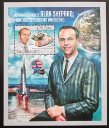 Poštovní známka Mosambik 2013 Alan Shepard, kosmonaut Mi# Block 764 Kat 10€