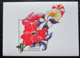 Poštovní známka Guyana 1997 Petúnie Mi# Block 528