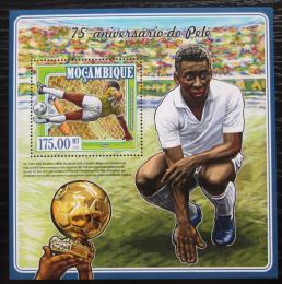 Poštovní známka Mosambik 2015 Pelé, fotbalista Mi# Block 1000 Kat 10€