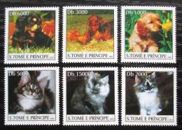 Poštovní známky Svatý Tomáš 2003 Psi a koèky Mi# 2118-23 Kat 10€