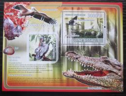 Poštovní známka Guinea-Bissau 2008 Krokodýli a ptáci Mi# Block 645 Kat 12€