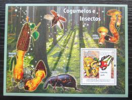 Poštovní známka Guinea-Bissau 2008 Brouci a houby Mi# Block 658 Kat 12€