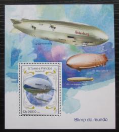 Poštovní známka Svatý Tomáš 2014 Vzducholodì Mi# Block 984 Kat 10€