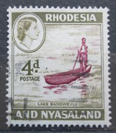 Poštovní známka Rhodésie a Òasko 1959 Domorodec na loïce Mi# 24
