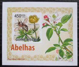 Poštovní známka Guinea-Bissau 2009 Vèely a kvìtiny neperf DELUXE Mi# 4462 B Block