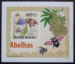 Poštovní známka Guinea-Bissau 2009 Vèely a kvìtiny neperf DELUXE Mi# 4464 B Block
