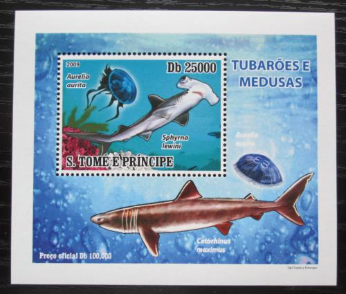 Poštovní známka Svatý Tomáš 2009 Žraloci a medúzy DELUXE Mi# 3857 Block