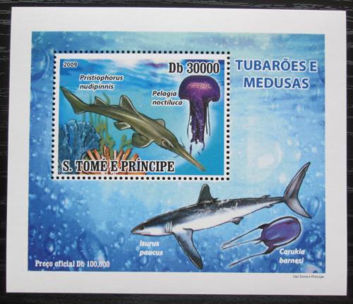 Poštovní známka Svatý Tomáš 2009 Žraloci a medúzy DELUXE Mi# 3858 Block