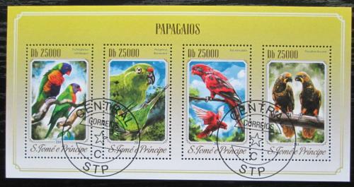 Poštovní známky Svatý Tomáš 2014 Papoušci Mi# 5820-23 Kat 10€