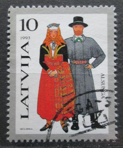 Poštovní známka Lotyšsko 1993 Lidové kroje Mi# 352