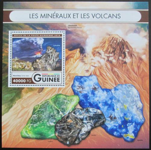 Poštovní známka Guinea 2016 Sopky a minerály Mi# Block 2677 Kat 16€
