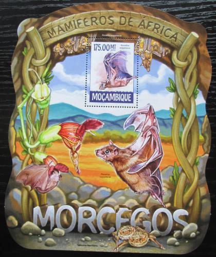 Poštovní známka Mosambik 2015 Netopýøi Mi# Block 1030 Kat 10€
