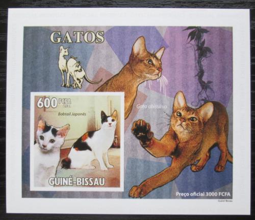 Poštovní známka Guinea-Bissau 2010 Koèky DELUXE, na kartonu Mi# 4775 Block