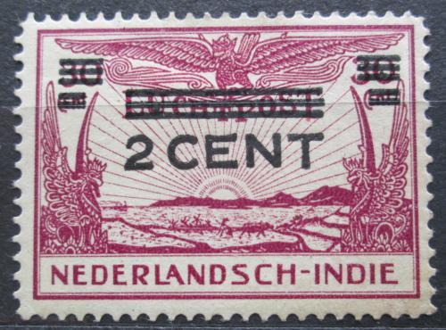 Poštovní známka Nizozemská Indie 1934 Letadlo nad chrámem pøetisk Mi# 202
