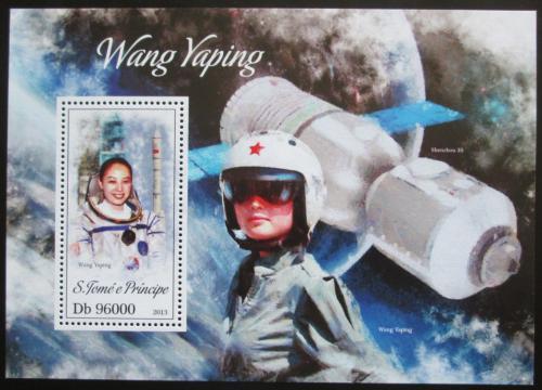 Poštovní známka Svatý Tomáš 2013 Wang Yaping, kosmonautka Mi# Block 929 Kat 10€