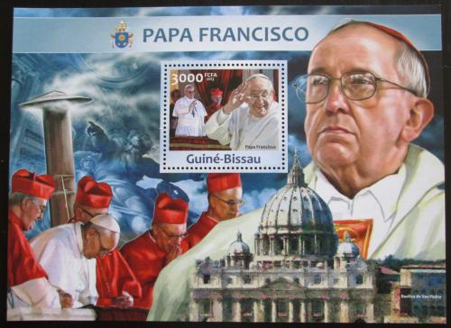 Poštovní známka Guinea-Bissau 2013 Papež František Mi# Block 1161 Kat 12€