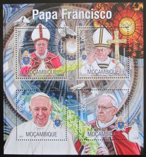 Poštovní známky Mosambik 2013 Papež František Mi# 6752-55 Kat 13€