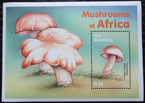 Poštovní známka Gambie 2000 Houby Mi# Block 465