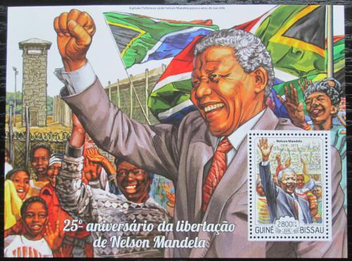 Poštovní známka Guinea-Bissau 2015 Nelson Mandela Mi# Block 1335 Kat 11€