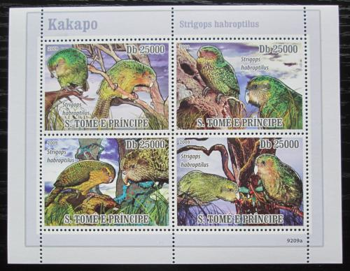 Poštovní známky Svatý Tomáš 2009 Papoušci Nového Zélandu Mi# 3885-88 Kat 10€